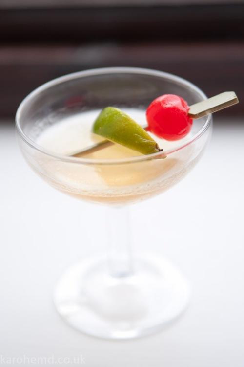 Ameretto sours cocktail