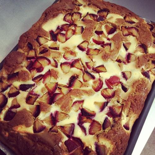 Plum cake w/ cheesecake ripple